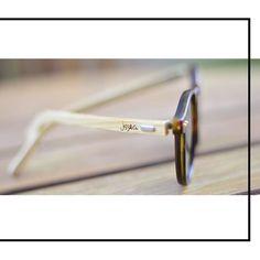 Vá com estilo. Vá de Jazz e Co.  | #Soujazz #sunglasses #eyewear #lojajazz #shades #style #goiania