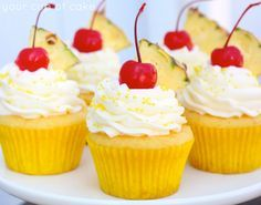 Pineapple Cream Cupcakes