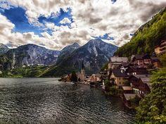 Hallstatt (Áustria): A região dos Alpes abriga belas e pequenas cidades. Hallstatt fica na parte austríaca.