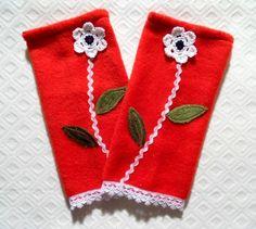 +Armstulpen+++Pulswärmer++Blumen+Handshuhe+Fleece+von+Zellmann+Fashion+auf+DaWanda.com