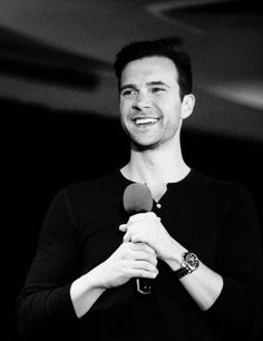 Gil McKinney [Henry Winchester] at DC Con 2014. What a cutie!