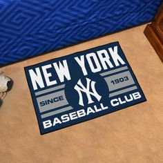 New York Yankees Baseball Club Starter Rug Royals Baseball, New York Yankees Baseball, Mariners Baseball, Yankees Gear, Mlb Uniforms, Nylon Carpet, San Diego Padres, Used Vinyl, Milwaukee Brewers