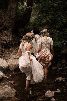 Imagine the bride or bridesmaids coming through this stream before getting to the groom Pagan Wedding, Enchanted Forest Wedding, Woodland Fairy, Princess Aesthetic, Lesbian Wedding, Witch Aesthetic, Midsummer Nights Dream, Album Design, Bridal Looks