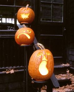 Outdoor Halloween Decor | Pumpkin Pedestals