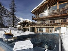 hot tubs, just what is required after a hard day on the slopes