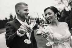 Svadobné šaty Constancia a nádherná nevesta Monika White Wine, Alcoholic Drinks, White Wines, Alcoholic Beverages