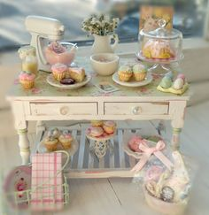 So cute ~ Shabby Kitchen Miniature