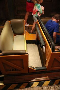 Really valuable post on seating configurations in the Magic Kingdom attractions from Touringplans.com blog. Single parents with more than one child, plus-sized individuals, people with physical limitations, and large groups wanting to stay together will