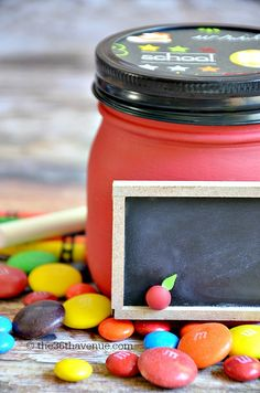 Give the gift of sweets with these treat filled, chalkboard mason jar gifts for back to school. | teacher gifts @joann.com | student gifts