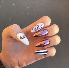 Nail art Christmas - the festive spirit on the nails. Over 70 creative ideas and tutorials - My Nails Aycrlic Nails, Nail Manicure, Swag Nails, Hair And Nails, Best Acrylic Nails, Acrylic Nail Designs, Stylish Nails, Trendy Nails, Jolie Nail Art
