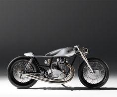 Yamaha Cafe Racer Type 6 by Auto Fabrica Moto Cafe, Cafe Bike, Cafe Racers, Triumph T100 Bonneville, Ducati, Bmw R100, Sr500, Bike Builder, Custom Cafe Racer