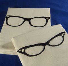 his and hers vintage glasses towels