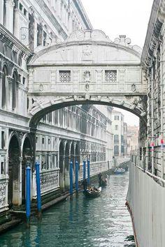 Puente de los Suspiros en Venecia (Italia)  puente de los suspiros, Venecia