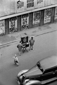 """Rene Burri. Cairo. View from the the window of the """"Hotel Windsor"""". Itinerant musicians 1958/ Magnum Photos"""