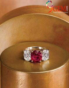 Luxury style ring of Ruby and diamond accentuate your look