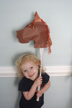 Little Page Turners: Farm Animal Crafts  Horse
