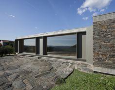Casa em Castelo Melhor / Correia/Ragazzi Arquitectos