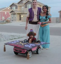 Welcoming the screening of Aladdin, we have rounded up 49 Princess Jasmine Costume Ideas for you. Princess Jasmine's costume is one of the favorites for women for Disney-themed events because… Family Costumes For 3, Cute Baby Halloween Costumes, Couples Halloween, Kids Costumes Boys, Toddler Costumes, Baby Costumes, Halloween 2016, Halloween History, Turtle Costumes