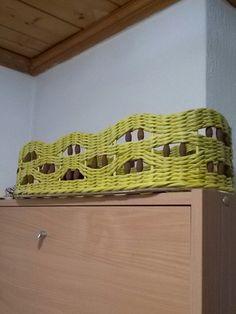 Елена Мараманова Straw Weaving, Paper Weaving, Basket Weaving, Rattan, Wicker, Rolled Paper, Paper Basket, Paper Straws, Bamboo