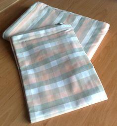 pastelové+povlečení+-+kanafas+sleva+z+675,-+polštář+kostička+70x90+cícha+proužek+140x200