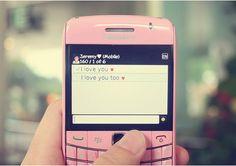 Hãy dành tặng cho người yêu những sms chúc ngủ ngon thật hay và ý nghĩa.Đôi khi chỉ cần 1 tin nhắn, 1 sms chúc ngủ ngon cũng đủ làm người ấy vui lắm.Một lời nhắn gửi gắm bằng một tin nhắn sms chúc ngủ ngon đầy dễ thương có thể làm trái tim người bạn yêu thương rung động 12 độ richte!