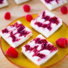 Skinny Raspberry Swirl Cheesecake Bars - these cheesecake bars taste like the real thing! Except they are made with light cream cheese, yogurt, egg whites, and little sugar. Get the recipe sallysbakingaddic. Skinny Cheesecake, Chocolate Chip Cheesecake Bars, Raspberry Swirl Cheesecake, Cheesecake Brownies, Healthy Cheesecake, Cheesecake Squares, Healthy Desserts, Delicious Desserts, Yummy Food