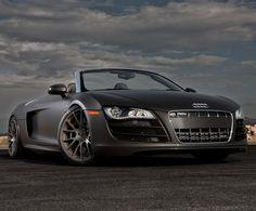 Audi R8 Spyder dream-garage