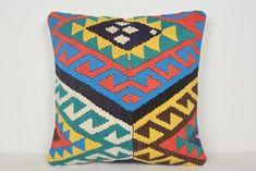 Shabby Chic Homes Kilim Fabric, Kilim Cushions, Decorative Cushions, Floor Cushions, Shabby Chic Homes, Shabby Chic Decor, Tribal Home Decor, Burlap Pillows, Vintage Pillows