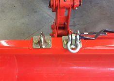 Ken's Bolt on Grab Hooks <<Kubota Hooks>> Kubota Compact Tractor, Compact Tractors, Compact Tractor Attachments, Tractor Drawing, Tractor Accessories, Small Tractors, Kubota Tractors, Farm Boys, Outdoor Projects