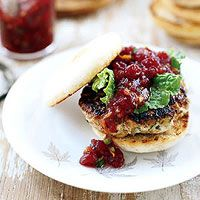 The turkey burger itself tastes like Thanksgiving stuffing, and the jazzed-up whole-berry cranberry sauce on top is tangy-licious!