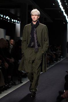 New trends , New collection & more details Fashion Show, Mens Fashion, Sartorialist, Fall Winter 2015, Main Colors, Shades Of Green, Bottega Veneta, New Trends, Classic Style