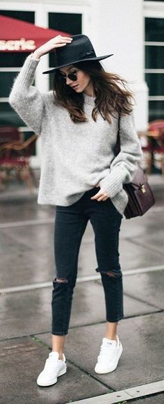 Oversized gray sweater with all black