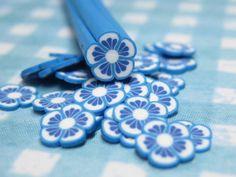 Blau & weiße Blume Polymer Clay Zuckerrohr 1pc uncut für Decoden und Kawaii Handwerk Nagel Malutensilien und Miniatur-Kreationen von MiniatureMakerSupply auf Etsy https://www.etsy.com/de/listing/130584835/blau-weiszlige-blume-polymer-clay