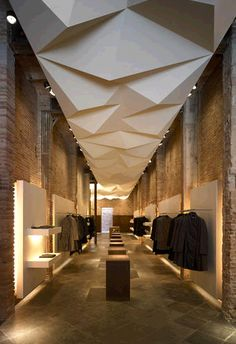 Brick-Minimal-Idustrial-Degradation in mix 'n' match :: ankapin/stores. advieinteriors&more · comercial spaces/shop design Retail Interior Design, Retail Store Design, Home Interior, Interior And Exterior, Retail Shop, Design Shop, Design Loft, Architecture Design, Retail Architecture