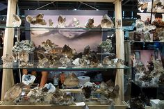 French cristalliers and their selection of smoky quartz from Mont Blanc area -- Munich Show 2015