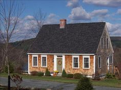 Connor Homes - The Hannah Grady House (embracing New England)