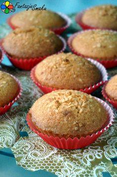 Babeczki kokosowe z mąki ryżowej http://fantazjesmaku.weebly.com/babeczki-kokosowe-z-m261ki-ry380owej.html