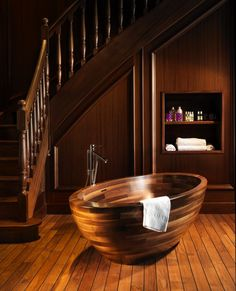 bathroom, Wooden Bathtub Design Ideas With Wooden Flooring Design For Modern Wood Interior Design Ideas With Wooden Staircase Design Ideas: Marvellous Design Idea of Wooden Bathub