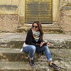 Casual look, lenço, look inverno, winter, tênis, jeans, comfy look, look viagem, sobreposição, blusa preta