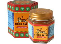 Tiger Balm red The warm variation of the classic Tiger Balm muscle pain relief ointment is ideal for soothing muscular aches and pains. This muscle pain relieving ointment also works fast to soothe itch due to insect bites. Tiger Balm, Melaleuca, Les Muscles Endoloris, Big Jar, Muscle Pain Relief, Budget Planer, Natural Pain Relief, Headache Relief, Hygiene