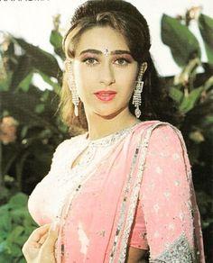 Karishma Kapoor Beautiful Girl Indian, Beautiful Saree, Beautiful Indian Actress, Beautiful Women, Indian Goddess, Punjabi Dress, Vintage Bollywood, Beautiful Bollywood Actress, Bollywood Stars