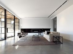 Making your home reflect your personality is an important aspect of interior planning. If you love minimalist interior design but aren't sure how to display your unique style through it, these tips from Houzz are sure to help you out.