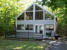 VRBO.com #156648 - Frye Island Sebago Lake Maine Large Clean Chalet Sleeps 8+