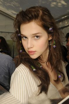Fashion : Beauty @ Alexis Mabille S.S 2012  Posted by x