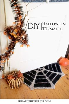 DIY Fußmatte für Halloween im Spinnennetz Design Scary Halloween, Halloween Party, Partys, Diy Frame, Creative Decor, Fall Decor, Diy Projects, Diy Crafts, Handmade