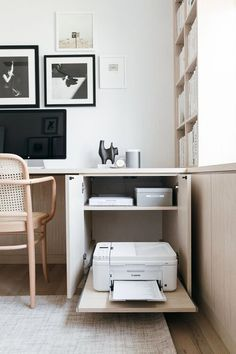 home office design - home office ; home office ideas ; home office design ; home office decor ; home office organization ; home office space ; home office ideas for women ; home office setup California Closets, California Style, Home Office Space, Home Office Decor, Home Decor, Office In A Closet, Home Office Bedroom, Small Office Decor, Office In Small Space