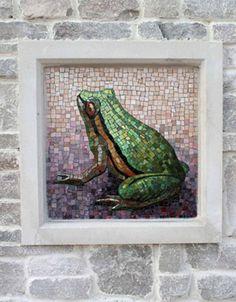Мозаичная вставка в углублении стены