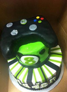 Bladen's Xbox 360 gamer cake:)