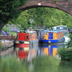 Did you know there are more than miles of canals and rivers to explore across Britain? Canal Boat Holidays, Boating Holidays, Barge Holidays, Canal Boat Art, Narrowboat, Things To Do In London, Family Adventure, Water Crafts, Holiday Travel
