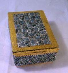 Italian pottery cigarette box